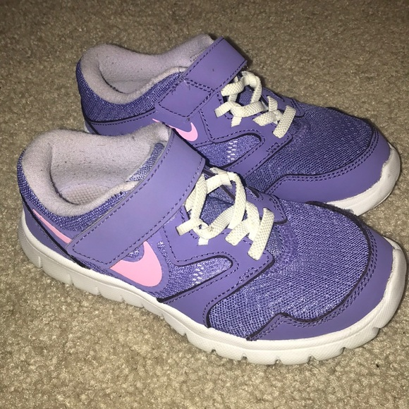 Nike girls toddler flex shoes size 10.5c purple